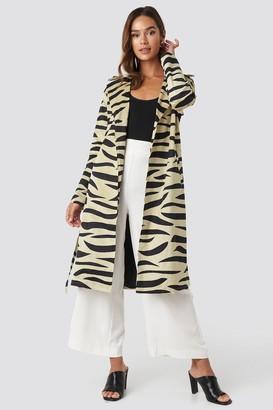 NA-KD Zebra Printed Coat Beige