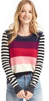 Gap Contrast bright stripe crewneck sweater