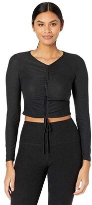 Beyond Yoga Scrunch It Up Cropped Pullover (Darkest Night) Women's Sleeveless