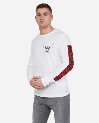 Express Chicago Bulls Nba Long Sleeve T-Shirt