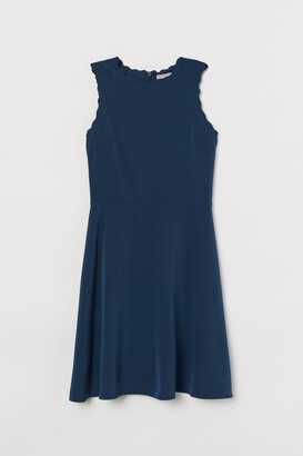 H&M Scallop-edged Dress