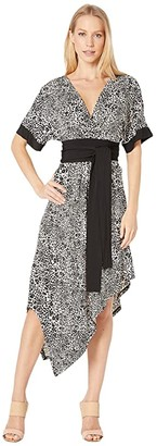 BCBGMAXAZRIA Short Sleeve Printed Matte Jersey Wrap Dress