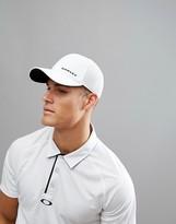 Oakley Golf Silicone Bark Trucker Cap in White