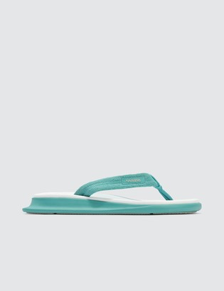 Havaianas Traditional Zori Sandals