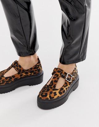 Asos Design DESIGN Motivator Chunky flat shoes in leopard-Multi