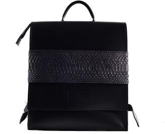 Kartu Studio ''Bilberry'' Natural Leather Backpack - Black Snake Print