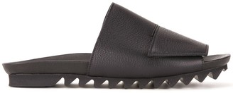 Peter Non Bisect sandals