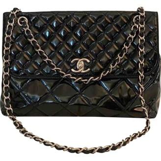 Chanel Timeless/Classique Black Patent leather Handbags