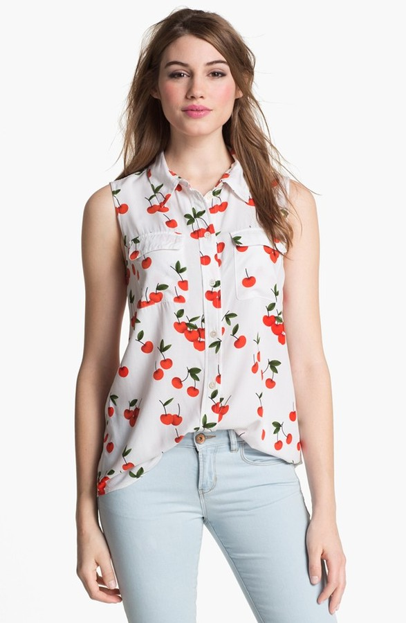 Vince Camuto Two by Print Sleeveless Shirt (Petite)