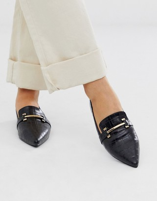 Park Lane pointed flat loafers in croc-Black