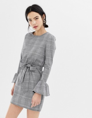 Parisian check dress with flare sleeve and tie waist