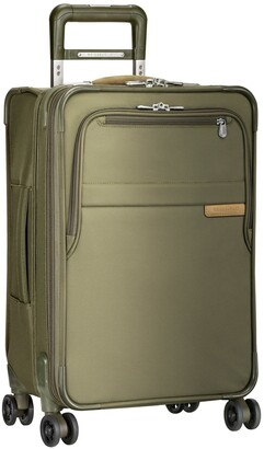 Briggs & Riley Baseline 22-Inch Expandable Spinner Carry-On