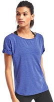 Gap GapFit Breathe roll sleeve tee