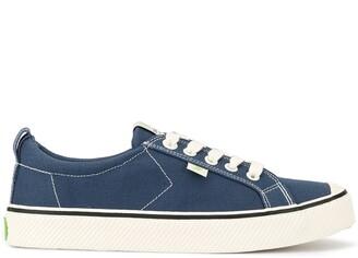 Cariuma OCA Low Stripe Shadow Blue Canvas Contrast Thread Sneaker