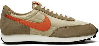 Nike DayBreak SP low-top sneakers