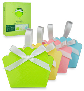 Bed Bath & Beyond Scalloped Favor Boxes (Set of 50)