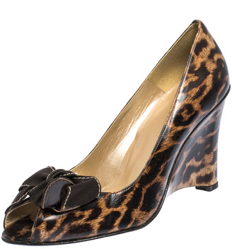 Stuart Weitzman Brown Leopard Print Leather Bow Embellished Peep Toe Wedge Pumps Size 41