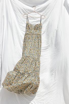 Fame & Partners Kimia Floral Maxi Dress