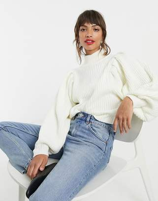 Asos Design DESIGN chunky rib jumper with volume sleeve-Cream