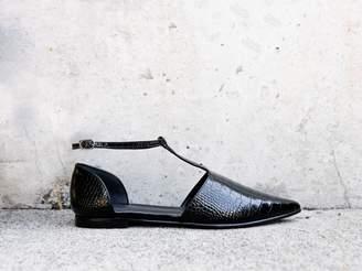 Freda Salvador TULIP T- Strap Flat