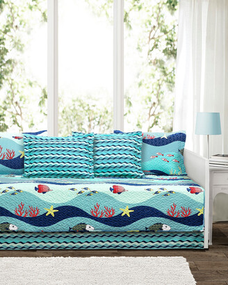 Triangle Home Fashion Fashions 6Pc Sea Life Daybed Set