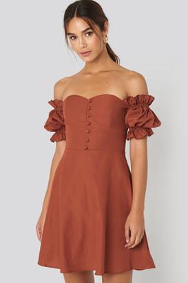 Trendyol Off Shoulder Button Detailed Mini Dress Brown