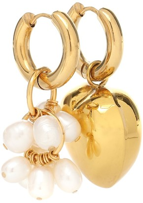 Timeless Pearly Mismatched pearl and heart earrings