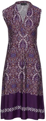 Conquista Print Empire Line Sleeveless Dress In Aubergine Color