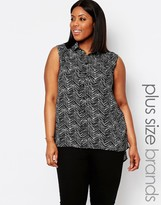Koko Plus Sleeveless Shirt In Scratch Print
