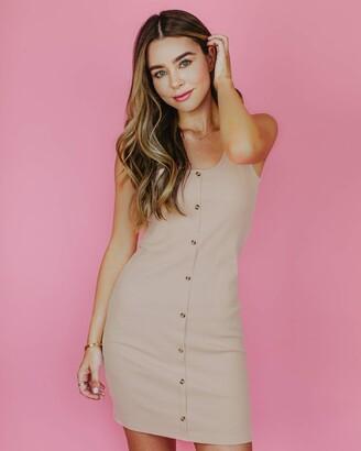 The Drop Women's Rose Dust Fitted Sleeveless Button Down Mini Dress by @sierrafurtado L