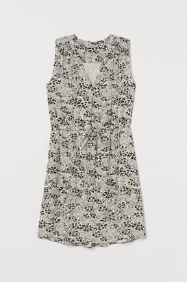 H&M Tie-belt dress