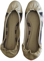 Burberry Patent leather mocassins