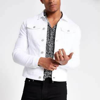 River Island Mens White muscle fit rip and repair denim jacket