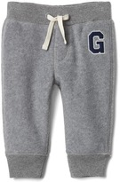 Gap Pro Fleece logo pants