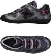 Munich Low-tops & sneakers - Item 11357136