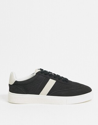 New Look lace up trainer with side stripe in black