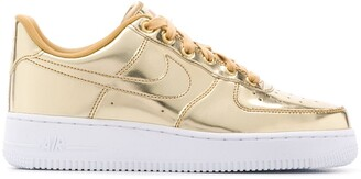 Nike Force 1 SP sneakers