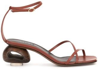 Neous Phippium sandal