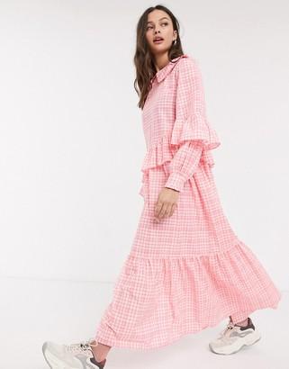 Résumé Resume teagan check frill detail maxi dress in neon pink