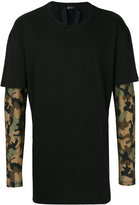 No.21 camouflage print double layered T-shirt - men - Cotton - S
