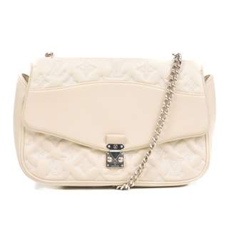 Louis Vuitton Ecru Patent leather Handbags