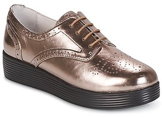 Mellow Yellow CLANARY women's Casual Shoes in Gold