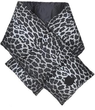 Moncler Leopard-print down scarf