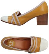 Fly London Pumps