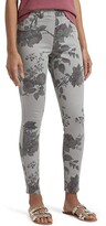 Hue Faded Floral Ultra Soft Denim High-Waist 7/8 Leggings (Faded Grey Rose) Women's Jeans