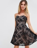 Jessica Wright Sweetheart Neckline Lace Dress