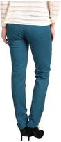 Calvin Klein Jeans Petite - Petite Ultimate Skinny Jean (Blue Coral) - Apparel