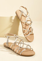 ModCloth All for Knot Sandal in Gold in 6.5