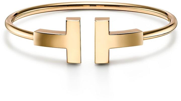 Tiffany & Co. T wide wire bracelet in 18k gold, small