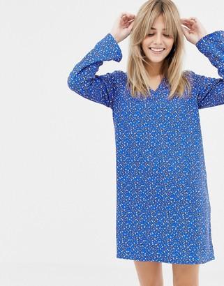 Vero Moda v neck printed shift dress-Multi